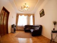 Квартиры посуточно в Львове, ул. Кулиша, 31, 550 грн./сутки