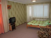 Квартиры посуточно в Запорожье, б-р Гвардейский, 144, 220 грн./сутки