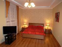 Квартиры посуточно в Севастополе, ул. Генерала Петрова, 6а, 750 грн./сутки