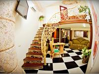 Квартиры посуточно в Одессе, ул. Дерибасовская, 17, 700 грн./сутки