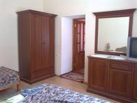 Квартиры посуточно в Евпатории, ул. Караимская, 43, 240 грн./сутки