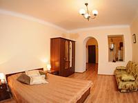 Квартиры посуточно в Львове, пл. Рынок, 16, 300 грн./сутки