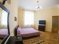 Квартиры посуточно в Львове, ул. Ивана Франка, 35, 390 грн./сутки
