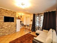 Квартиры посуточно в Львове, ул. Дорошенка, 8, 500 грн./сутки