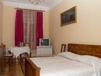 Квартиры посуточно в Львове, ул. Чупринки, 15а, 200 грн./сутки