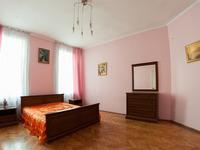 Квартиры посуточно в Львове, ул. Братьев Рогатинцев, 30, 300 грн./сутки