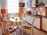 Квартиры посуточно в Львове, ул. Петра Дорошенко, 23, 500 грн./сутки