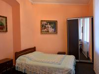 Квартиры посуточно в Львове, ул. Князя Романа, 7, 300 грн./сутки