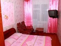 Квартиры посуточно в Чернигове, ул. Красногвардейская, 3, 249 грн./сутки