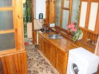 Квартиры посуточно в Ялте, ул. Дмитриева, 11, 400 грн./сутки