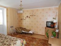 Квартиры посуточно в Евпатории, ул. Короленко, 8, 100 грн./сутки