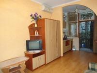 Квартиры посуточно в Ялте, ул. Боткинская, 6, 300 грн./сутки