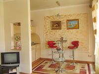 Квартиры посуточно в Одессе, ул. Дерибасовская, 31, 350 грн./сутки