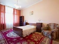 Квартиры посуточно в Львове, ул. Б. Хмельницького, 11, 300 грн./сутки