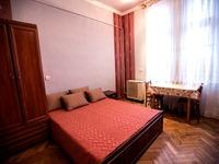 Квартиры посуточно в Львове, ул. Б. Хмельницкого, 11, 350 грн./сутки