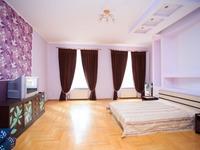 Квартиры посуточно в Львове, пл. Соборная, 9, 470 грн./сутки