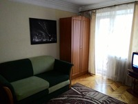 Квартиры посуточно в Запорожье, ул. Каменогорская, 1, 220 грн./сутки