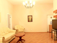 Квартиры посуточно в Одессе, ул. Дерибасовская, 10, 1500 грн./сутки