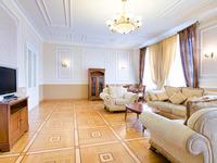 Квартиры посуточно в Львове, ул. Саксаганского, 3, 1200 грн./сутки