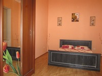 Квартиры посуточно в Львове, ул. Петра Дорошенко, 35, 297 грн./сутки