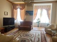 Квартиры посуточно в Одессе, ул. Дерибасовская, 31, 1300 грн./сутки