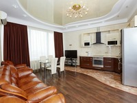 Квартиры посуточно в Одессе, ул. Литературная, 1а, 700 грн./сутки