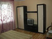 Квартиры посуточно в Ровно, ул. Кавказская, 1, 280 грн./сутки